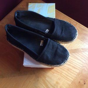 Mossimo Supply Co. Shoes - Mossimo black espadrilles Sz 8
